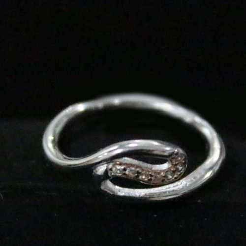 SILVER ZIGZAG BENDING RING